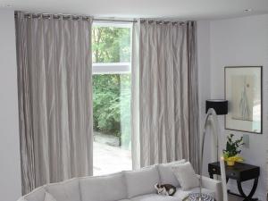 motorized-curtains-grey