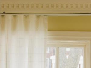 motorized-white-curtains