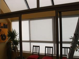 motorized-blinds-entrance
