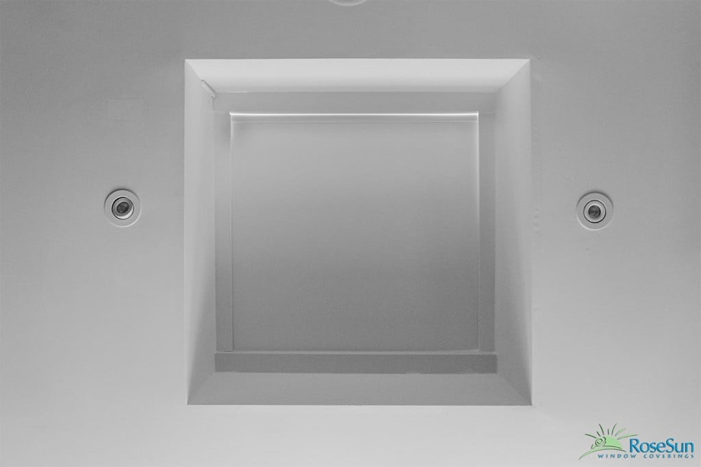 Flat and honeycomb skylight shades motorized and manual for Electric skylight shades motorized blinds