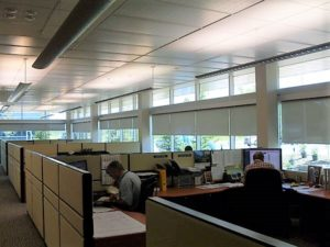 image of motorized blinds installed in an office by RosSun