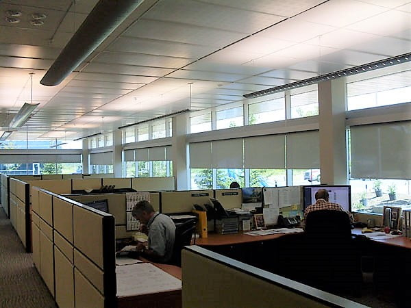 image of motorized blinds installed in an office by RoseSun